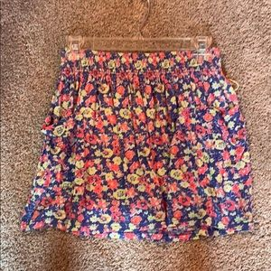 Forever 22 flower skirt with pockets